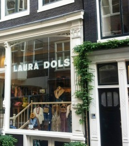 Amsterdam_Laura_Dols