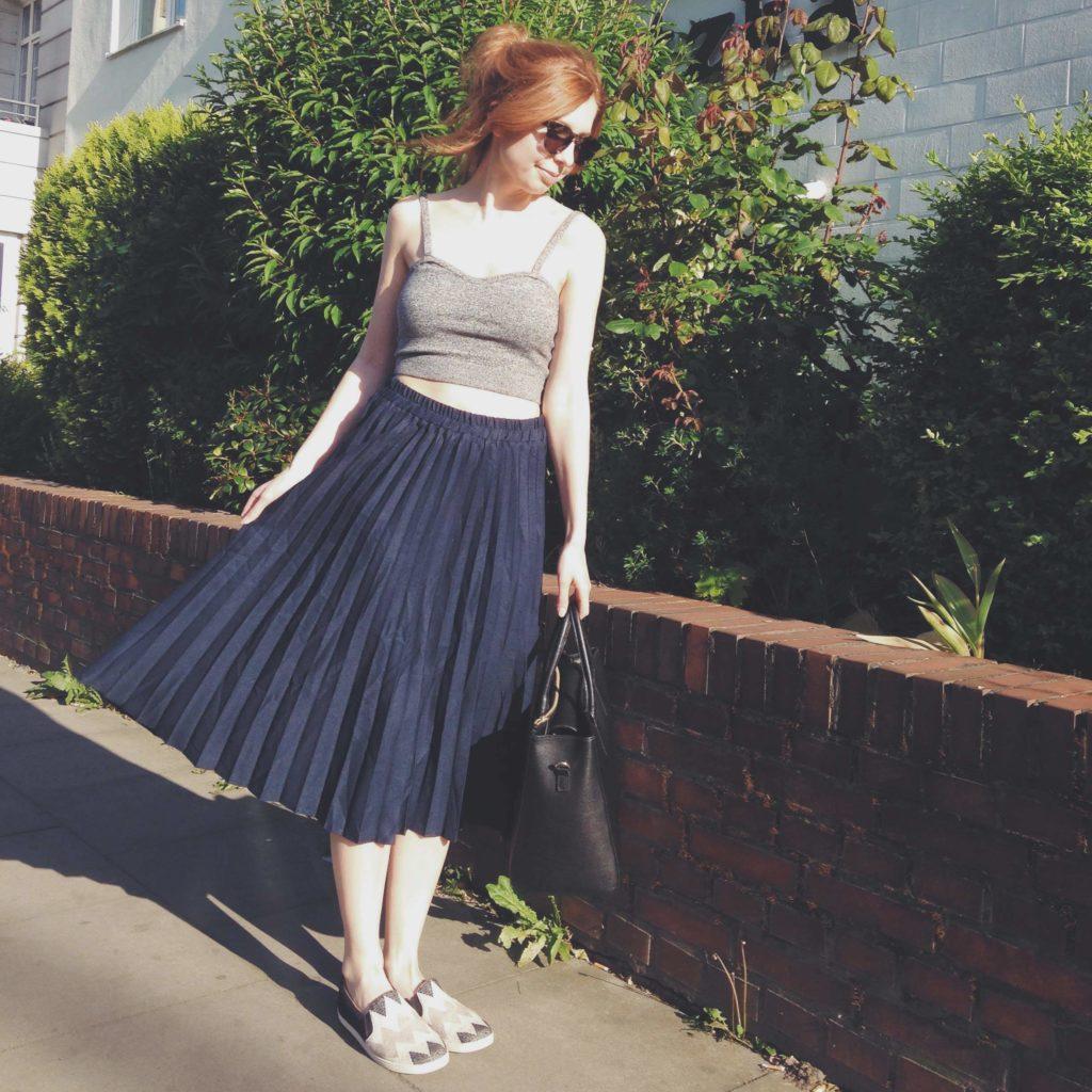 blue_skirt_1