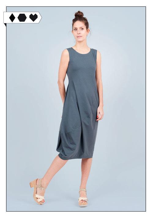 Kleid Fenja vom aachener Slow Fashion Label Lana auf Sloris, über den Loveco Onlineshop. Lana Dress Fenja