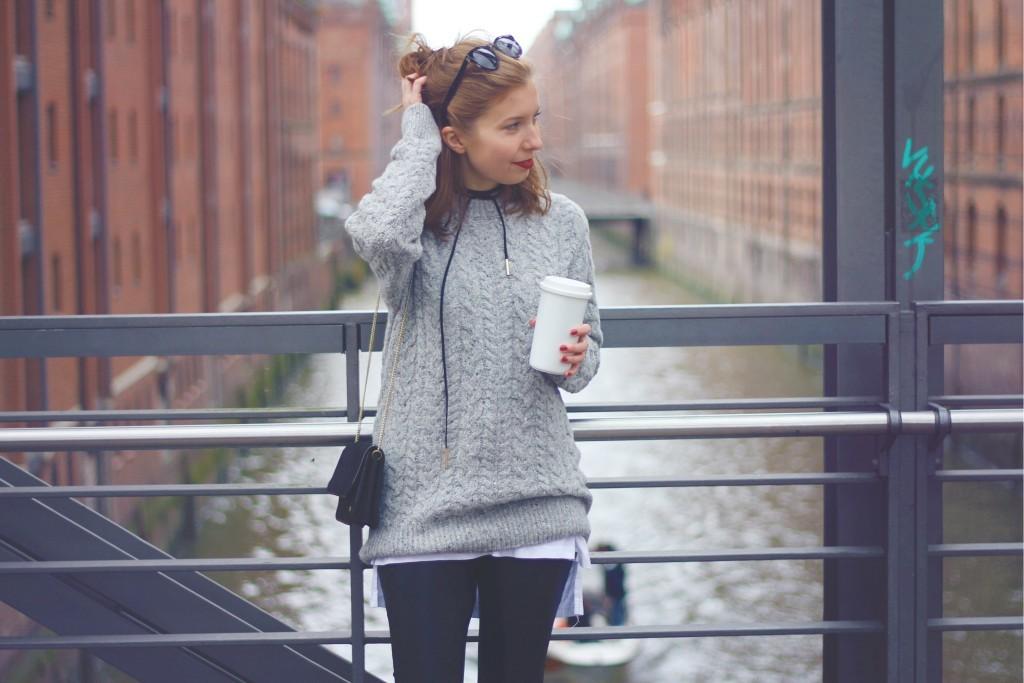 strickpullover-fair-fashion-sloris-slow-fashion-schurwolle-wolle-mulesing-free-maas-natur-knitlove-knitwear-wool-grau-hamburg-04