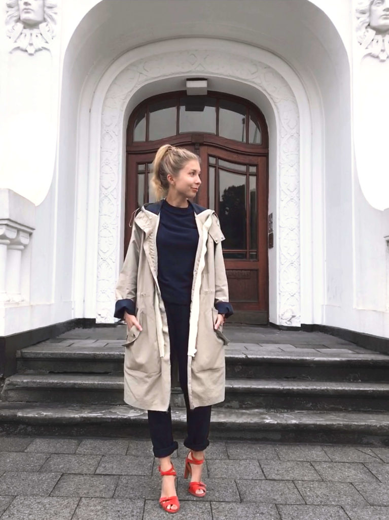 Maas Natur Fair Fashion Look Sloris Sweatshirt faire Mode nachhaltige Mode Look Herbst