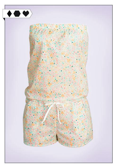 Woodlike Eco Fashion Jumpsuit Blümchen Muster kurzer Overall für den Sommer auf dem Slow Fashion Blog Sloris!